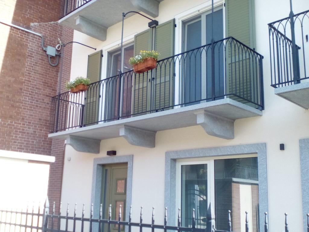 Modiglione e balcone